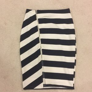 Navy and white stripped pencil skirt